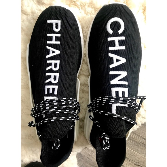 lowest price 9d7c1 f07db CHANEL x Pharrell HU Race NMD